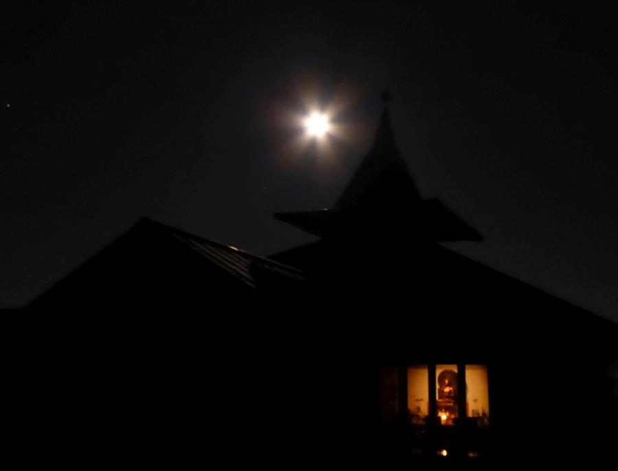 il tempio a notte